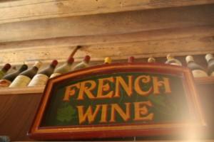 French wine en un bar de Borgoña