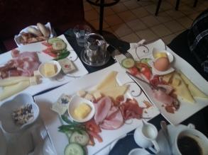 Platillos en Café Hegelhof, Viena