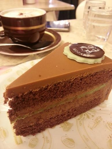 Pastelillo en Aïda Café : una decepción